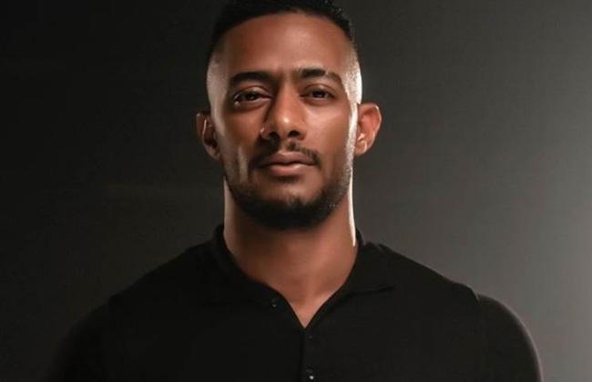 محمد رمضان يستدعي البودي جاردات بعد تعرضه للضرب