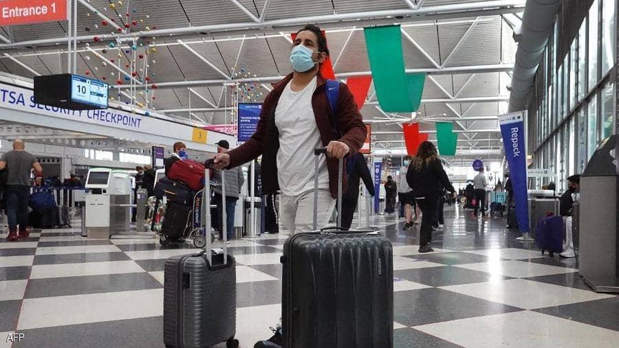عاش في المطار 3 أشهر.. وتحول مديرا بعد صدفة عجيبة