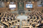 السياحة النيابية تطالب الحكومة بفتح المنشآت السياحية بكامل المرافق ودعم القطاع