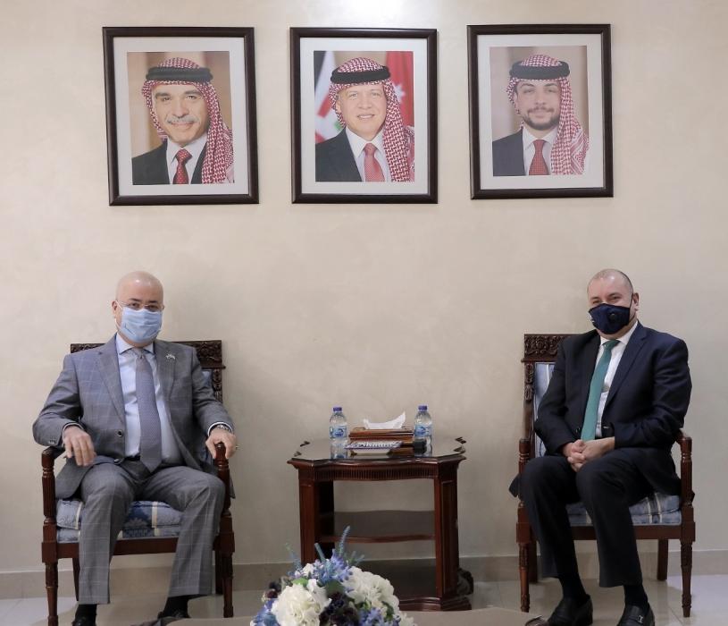 العودات واجبنا الوقوف مع أشقائنا العراقيين لقاء ما قدمه العراق لأمته من مواقف مشرفة