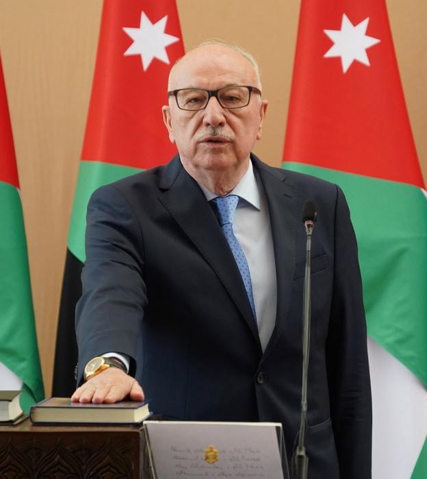 وزير الأشغال يبحث في بغداد التعاون الأردني العراقي في مجال الإنشاءات والمقاولات