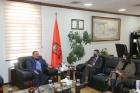 بحث التعاون الأكاديمي بين جامعة مؤتة والسفارة الفرنسية في عمان .