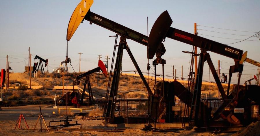 تراجع أسعار النفط عالميا بفعل زيادة المعروض