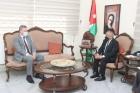 وزير الثقافة يلتقي السفير الاسترالي في عمان