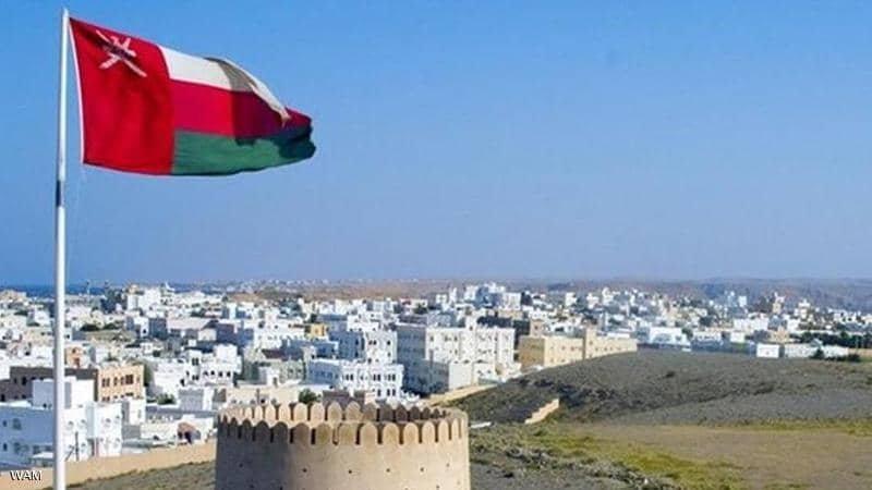 سلطنة عمان استمرار حظر الأنشطة التجارية ومنع حركة الأفراد