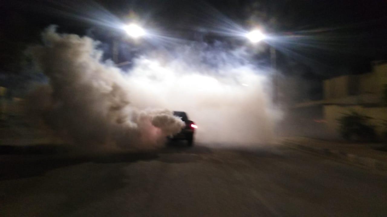 بلدية معان الكبرى تواصل حملات الرش الليلي