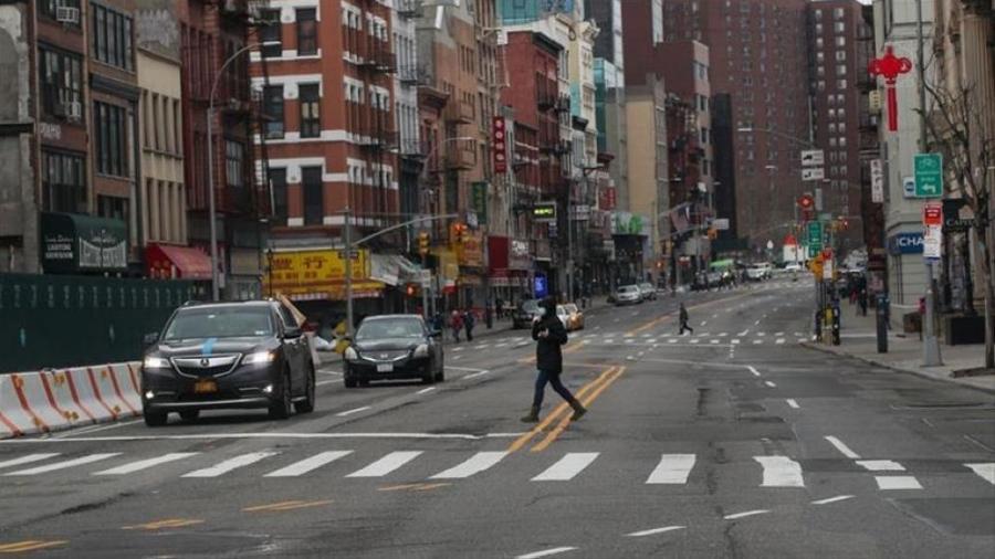 نيويورك تعتزم رفع العديد من قيود كورونا