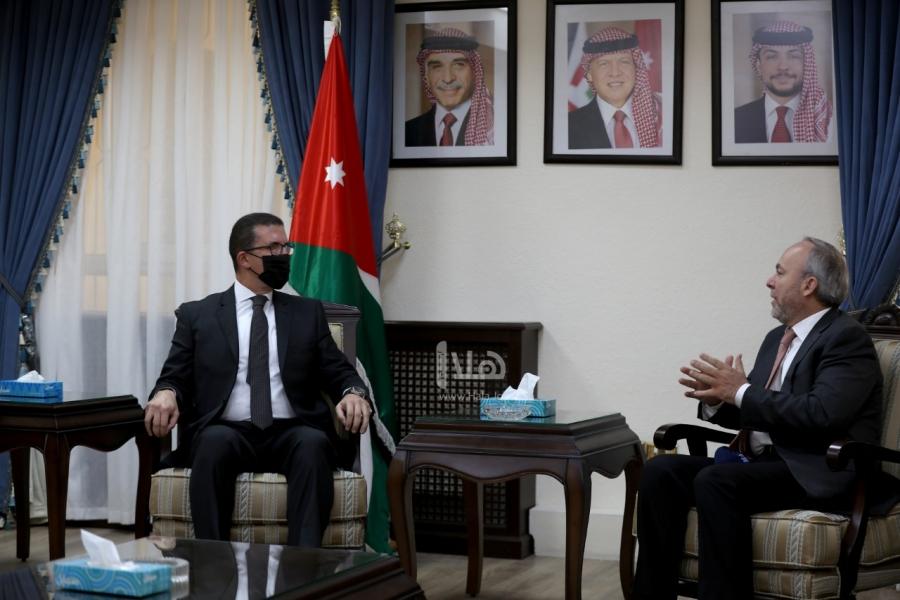 الخارجية النيابية تلتقي السفير المصري