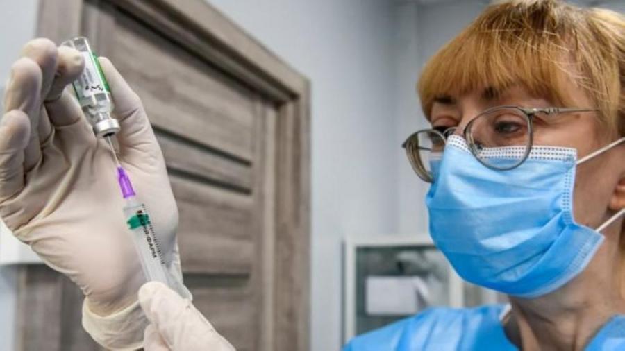 كندا تحتل المرتبة الأولى بين مجموعة العشرين بتطعيم 71  من سكانها