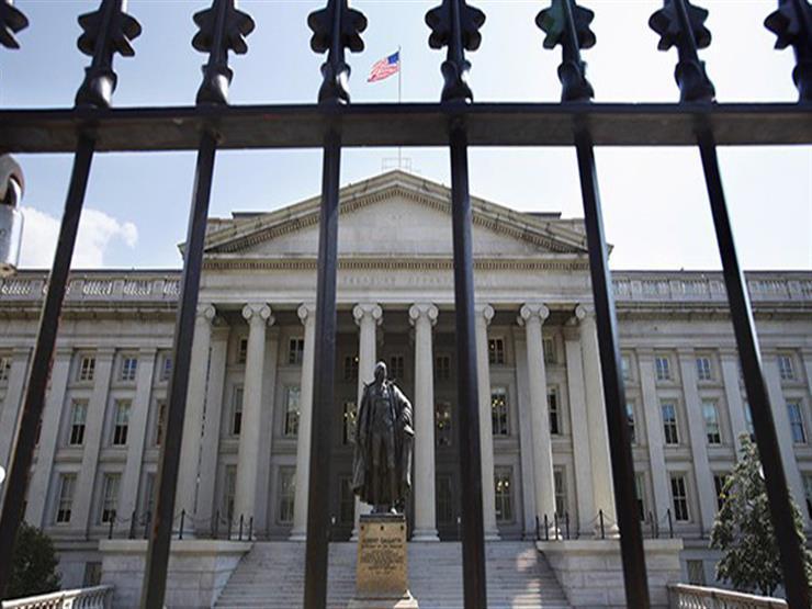 واشنطن ترفع عقوبات عن مسؤولين إيرانيين سابقين