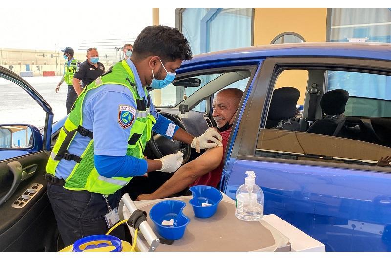 قطر 302 ألف شخص حصلوا على لقاح كورونا داخل السيارات
