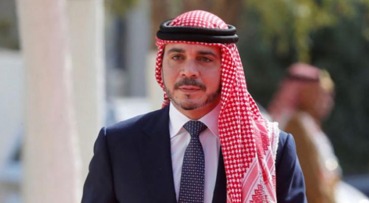 الأمير علي يصل الكويت لمؤازرة المنتخب الوطني
