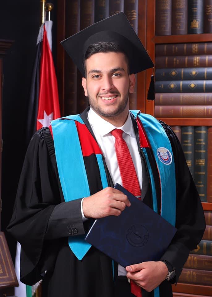 المهندس لؤي حسن الجغبير  الف مبروك التخرج