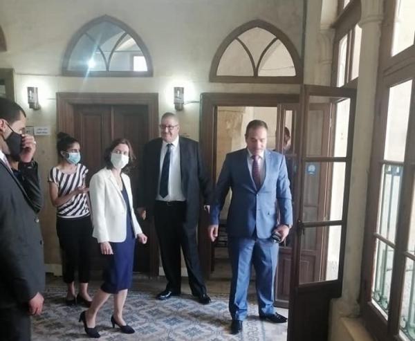 السميرات يطالب السفيرة البريطانية بتوجيه الدعم للبلقاء