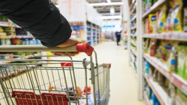 تحذير من ارتفاع أسعار السلع والبضائع في السوق المحلية