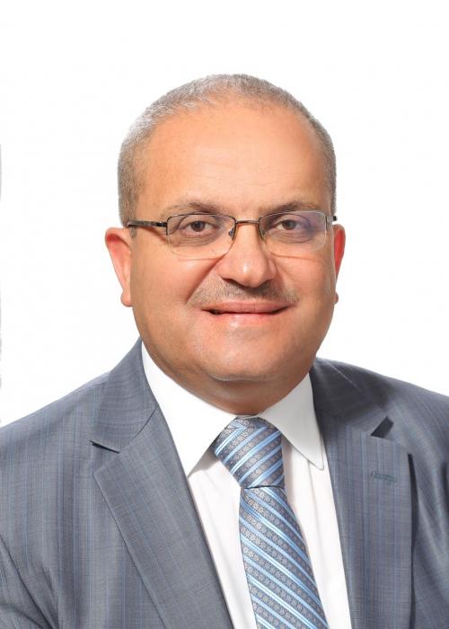 محمد عبيدات يكتب  وقِفَة عرفات