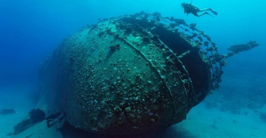 """اكتشاف سفينة حربية بـ""""مدينة غارقة"""" قديمة في مصر.. طولها كان يتجاوز 25 متراً وطرازها كلاسيكي"""