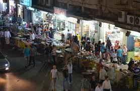 بلدية عجلون تواصل إدامة أعمال النظافة ومراقبة الأسواق خلال عطلة العيد