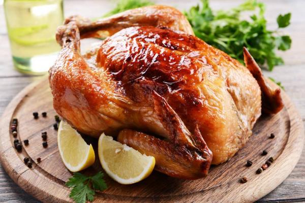 المطاعم عن أسعار الدجاج الحكومة ترفع المواد الغذائية والمحروقات وتتحجج