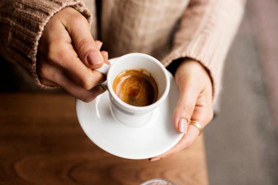 رغم فوائدها .. الافراط في تناول القهوة يضر بالدماغ
