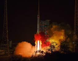 الصين اطلاق قمر صناعي جديد لتجارب تكنولوجيا الاتصالات