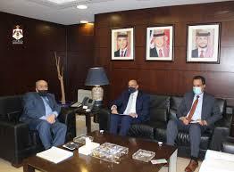 وزير النقل والسفير التونسي يبحثان تعزيز التعاون المشترك