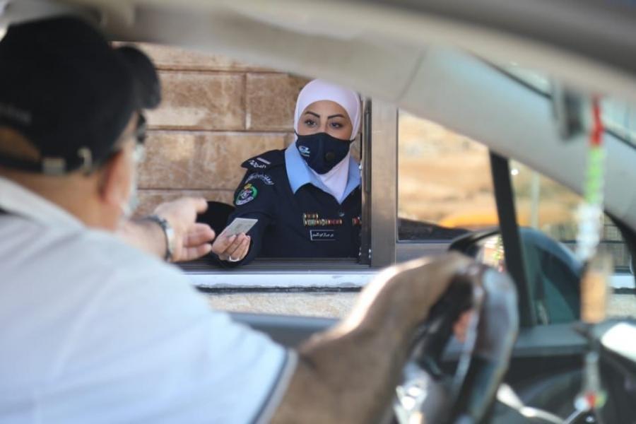 افتتاح مسار الترخيص من داخل المركبات Drive Thru في قسم ترخيص شمال عمان .
