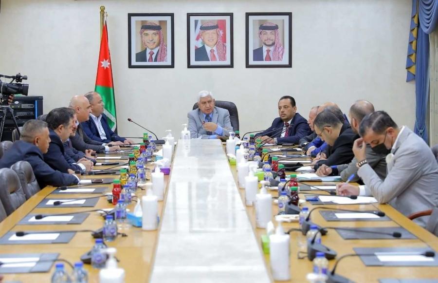 البرلمانية الأردنية مع آسيا تبحث مع السفير الأذري أوضاع المنطقة