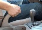 أضرار جسيمة يسببها التوقف بالسيارة أثناء عمل المحرك
