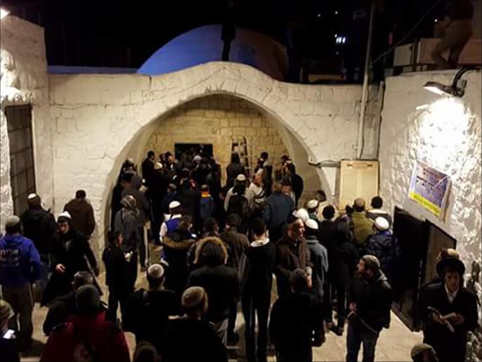 مستوطنون متطرفون يقتحمون مقام يوسف شرق نابلس