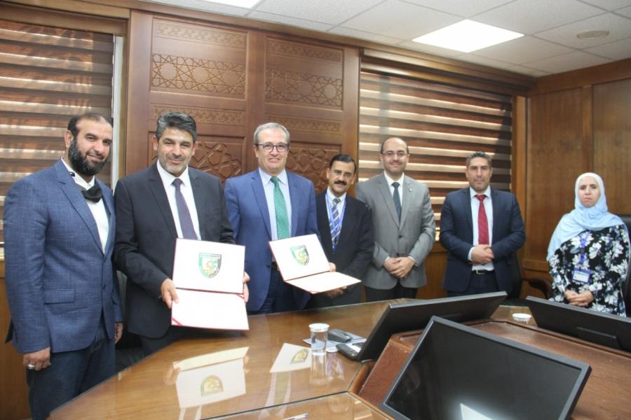 اتفاقية تعاون بيئي بين البلقاء التطبيقية والجمعية العلمية الملكية لحماية الطبيعة
