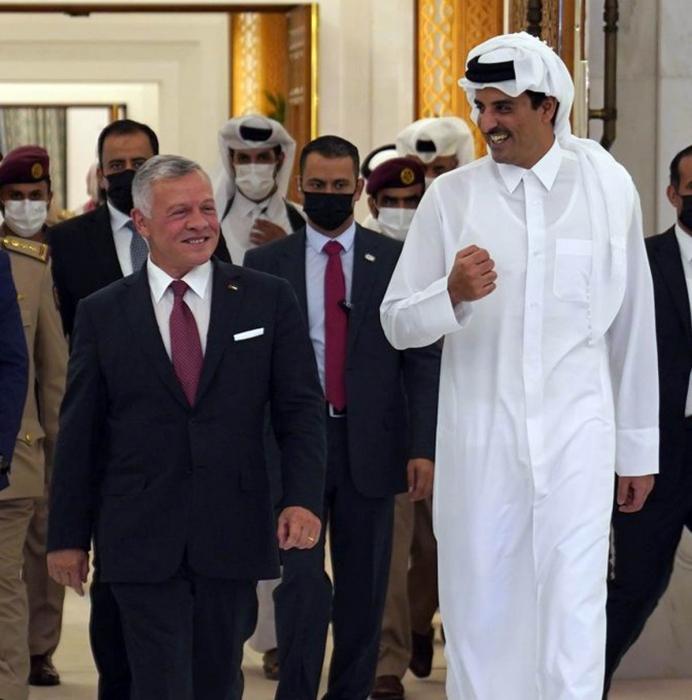 الملك في ختام زيارته لقطر نتطلع لمواصلة البناء على علاقاتنا الوثيقة