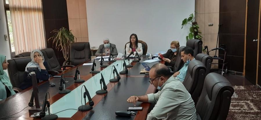 ورشة عمل حول تطويرموقع كلية اعلام القاهرة  الالكتروني العربي والانجليزي.