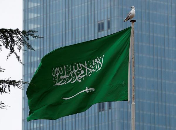 السعودية تخفف الاجراءات .. لا كمامات بالأماكن المفتوحة