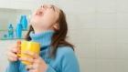 فوائد الغرغرة بالماء المالح للفم